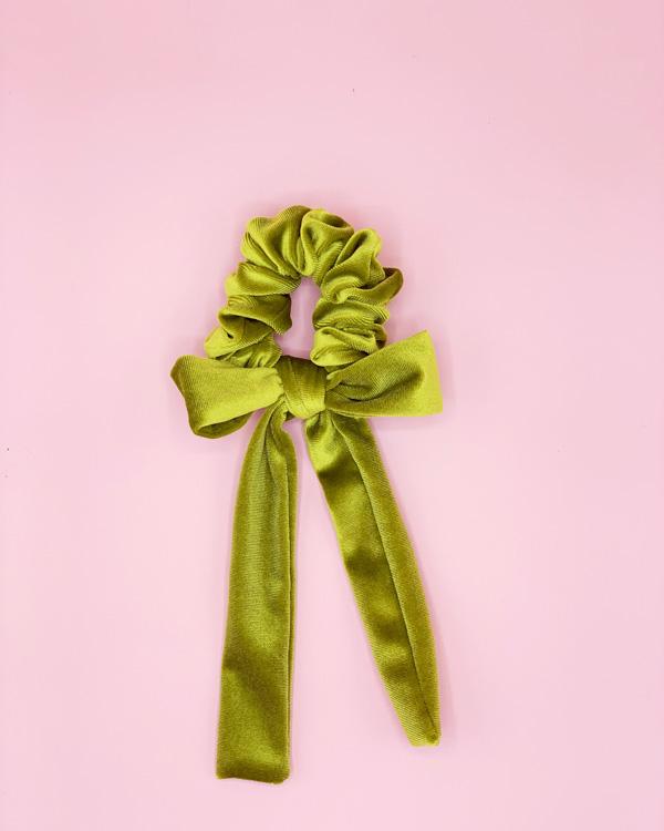 scunchie con fiocco in velluto verde acido