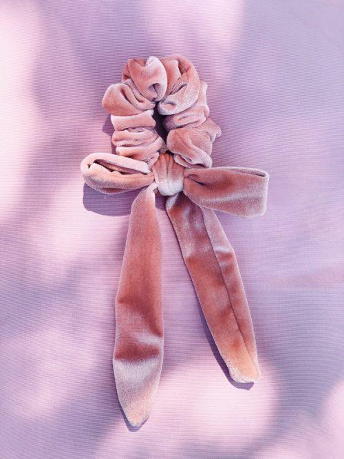 scrunchy velluto rosa cipria