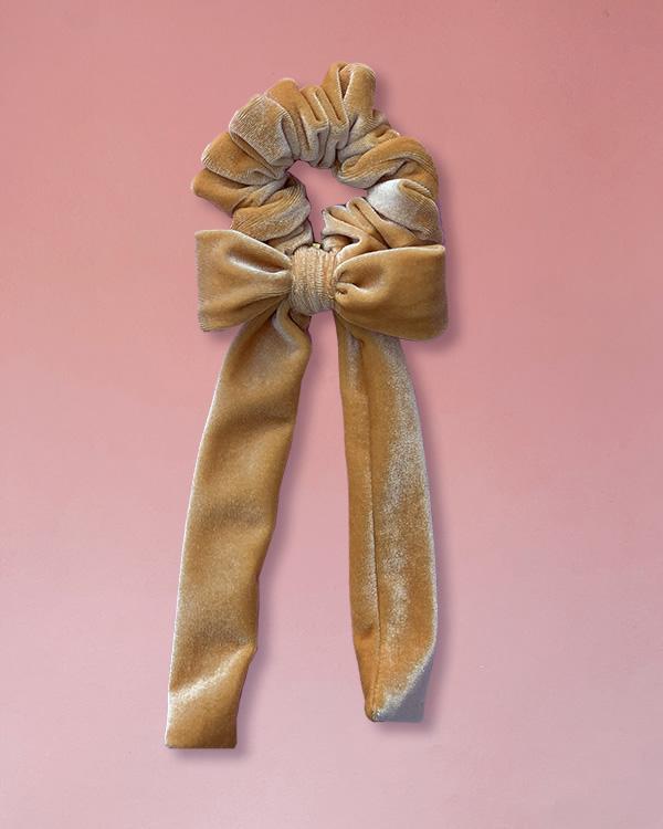 elestico per capelli in velluto con fiocco color albicocca