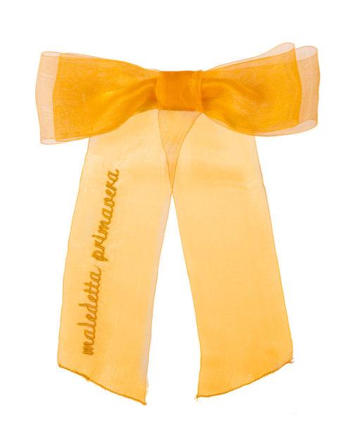 fiocco in chiffon arancio con scritta maledetta primavera