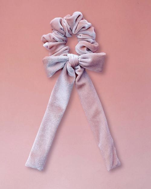 elastico per capelli in velluto con fiocco colore rosa