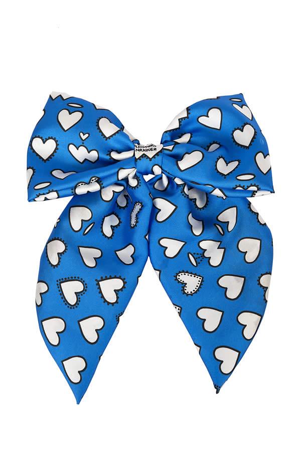 fiocco blu con cuori in raso